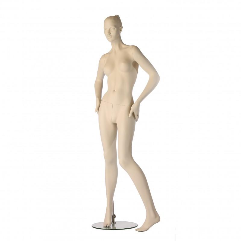 Stylised Hindsgaul female mannequin