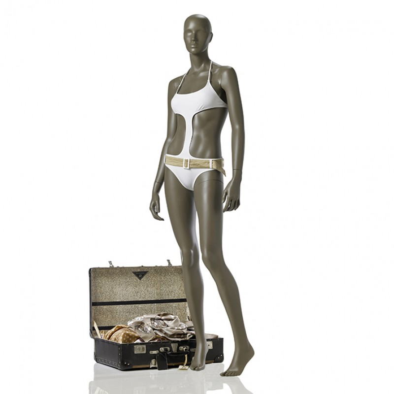 FEMALE MANNEQUIN - COY - RELAXED POSE - HINDSGAUL